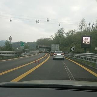 Tamponamento sulla A6 tra Savona e Altare: traffico bloccato nel tratto a doppio senso di marcia