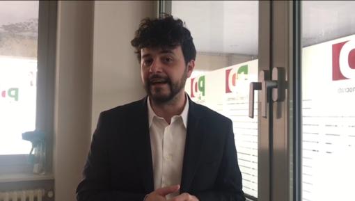"""A Cuneo Brando Benifei il più giovane eurodeputato del gruppo dei socialisti e democratici: """"Siamo per la sovranità vera quella da costruire insieme in Europa"""" (VIDEO)"""