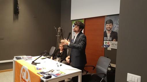 L'europarlamentare Brando Benifei a Cuneo per parlare di Europa con i giovani (VIDEO)