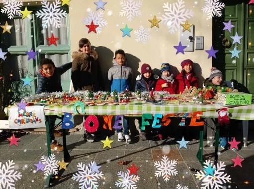 A Castino, bancarella natalizia per i bambini della Scuola primaria