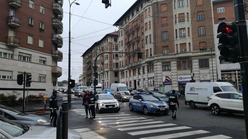 Una bomba della Seconda Guerra Mondiale emerge dal cantiere di via Nizza a Torino: in arrivo gli artificieri di Fossano [VIDEO]
