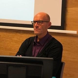 Il dottor Giancarlo Bertola in una conferenza organizzata da Confagricoltura Cuneo