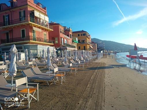 """Alassio, spiagge aperte tutto l'anno nella """"perla"""" della Riviera"""
