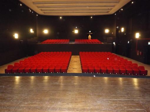 La sala del Cineteatro Lux di Busca