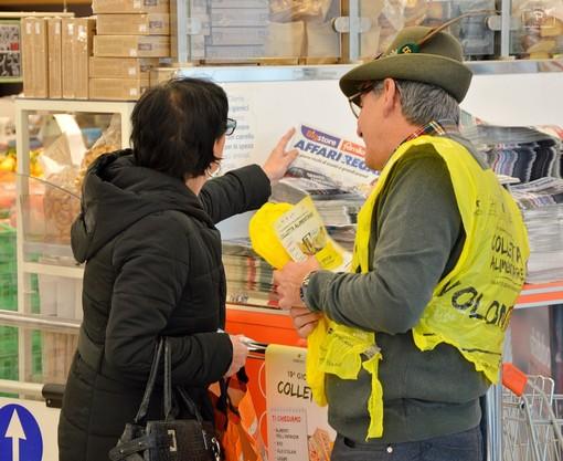 Domani è la Giornata della Colletta Alimentare: in Granda coinvolti 211 supermercati e 3000 volontari