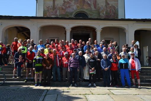 Successo per la 30ª giornata del ciclista con tanti amatori ed ex professionisti alla partenza