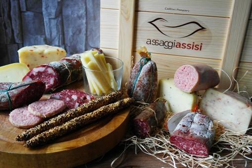 Ceste regalo di prodotti tipici di Assisi