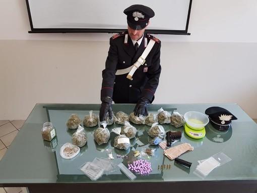 Controlli antidroga: cinque persone arrestate dai carabinieri in Granda