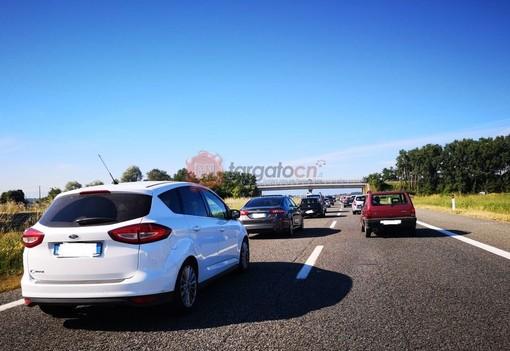 Arriva il weekend del ponte di Ferragosto, traffico in aumento: quando e dove sono previste le code sull'Autostrada dei Fiori