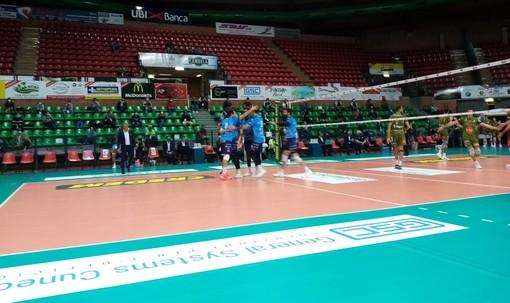Volley maschile A2: la BAM Acqua S.Bernardo Cuneo schianta Siena 3-0 nella prima al Pala UBI Banca