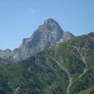 Domenica la tradizionale festa in vetta al Monte Chersogno