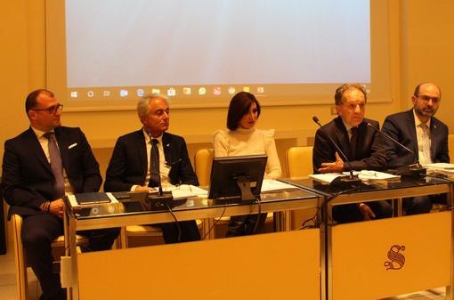 In crisi il settore dell'auto in Italia: l'appello dei rivenditori d'auto d'occasione, che contestano l'ecotassa (VIDEO)