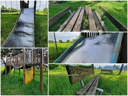 L'area giochi in via Matteotti a Borgo San Dalmazzo è in stato di degrado e abbandono
