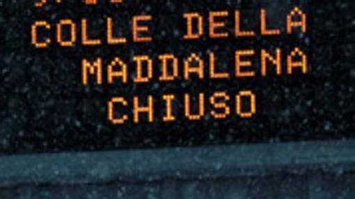 Chiuso il Colle della Maddalena per tormenta di neve