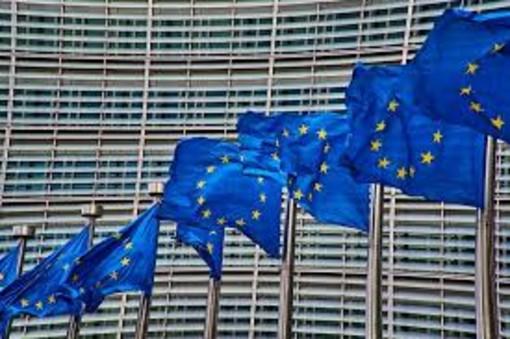 Un'Europa sociale forte per transizioni giuste: prime riflessioni della Commissione