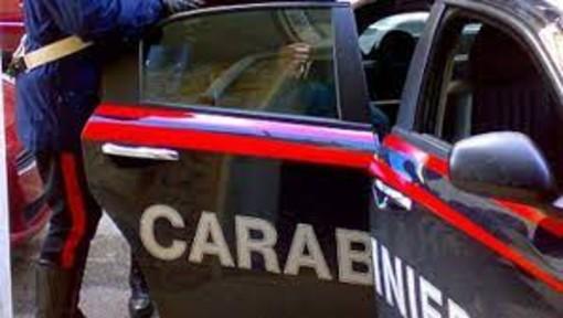 Furti in abitazioni e negozi, 12 misure cautelari: in corso una vasta operazione dei carabinieri della Granda