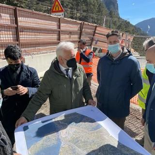 Tunnel di Tenda, tra tempi, costi e progetti: il vice ministro Morelli in visita al cantiere [FOTO E VIDEO]
