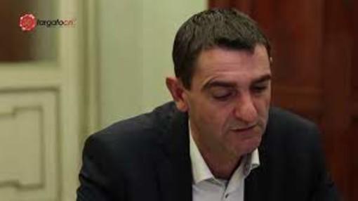 Fossano, il sindaco Dario Tallone vittima di furto di identità su Facebook