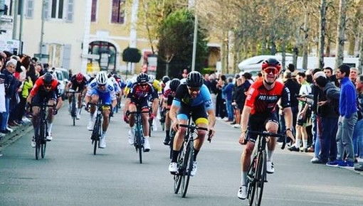 (foto - pagina fb team cycliste azurèen)