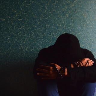 Studenti depressi e a rischio: un milione di euro per il sostegno psicologico nelle scuole del Piemonte
