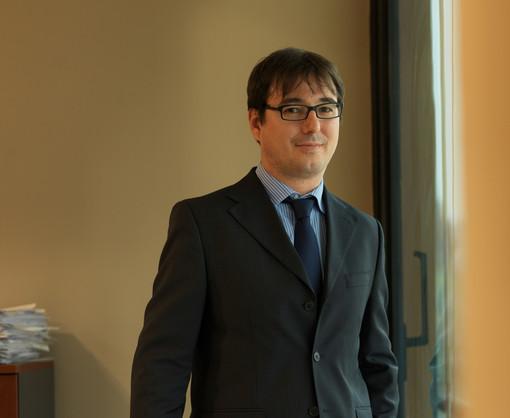 Enzo Cazzullo, Vice Direttore Generale di Banca d'Alba