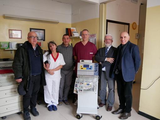 Saluzzo, la consegna della colonna diagnostica all'Endoscopia dell'Ospedale di Saluzzo, alla presenza del direttore generale Salvatore Brugaletta e del presidente della Fondazione CrSaluzzo Marco Piccat