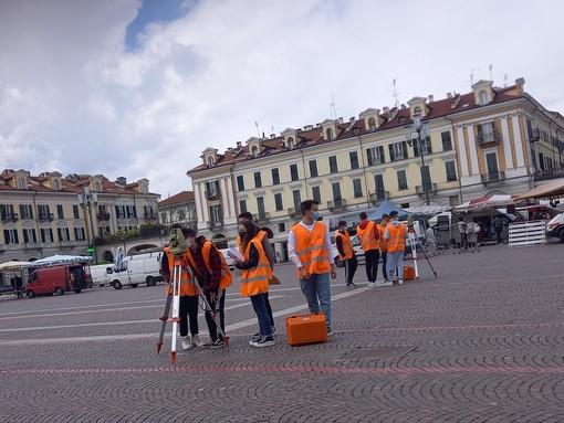 Mattinata di esercitazioni per gli studenti dell'istituto Geometri di Cuneo