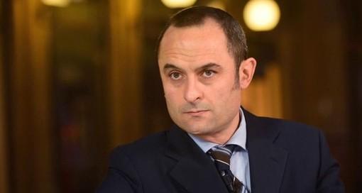 """Approvato l'""""emendamento Costa"""" (Azione), rimborsi fino a 10.500 euro per gli assolti in via definitiva anche nel penale"""