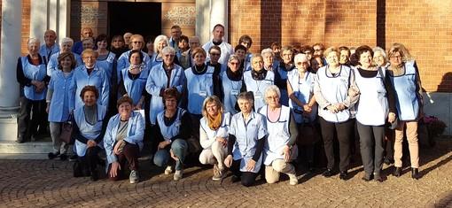 Foto di gruppo dell'Associazione Volontari Ospedalieri di Mondovì