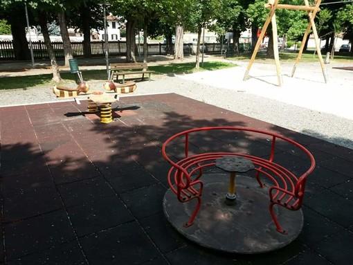 Sommariva Bosco: conclusi con due settimane di ritardo i lavori sul parco giochi della stazione
