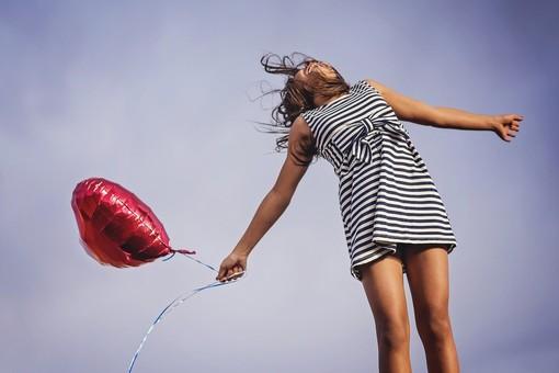 La scienza della felicità? Esiste e si può apprendere: a Cuneo un workshop teorico-esperienziale