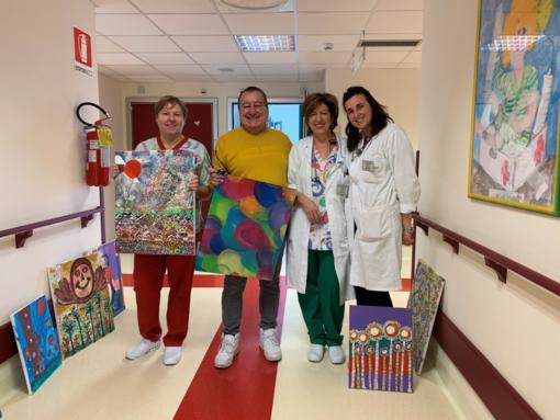 14 tele dell'artista Sergio Bruno donate alla Pediatria di Mondovì