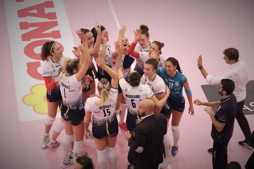 Volley A2/F: Il Puma scaccia le streghe e piazza una vittoria bella da paura! Futura Busto Arsizio-Lpm Bam Mondovì 0-3