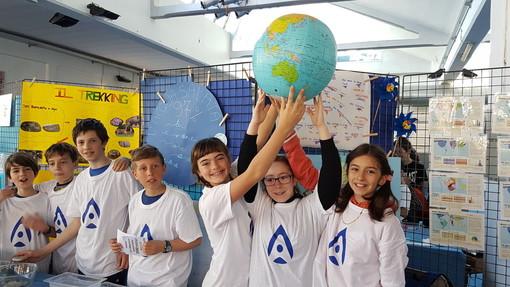 I giovani ci danno ancora una lezione sull'ambiente: a Borgo San Dalmazzo si celebra la Giornata Mondiale dell'Acqua (FOTO E VIDEO)