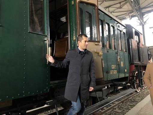 L'assessore Gabusi al Museo Ferroviario Piemontese di Savigliano