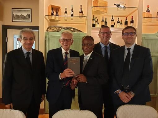 Il Lessico di Beppe Ghisolfi al Primo Ministro di Capo Verde