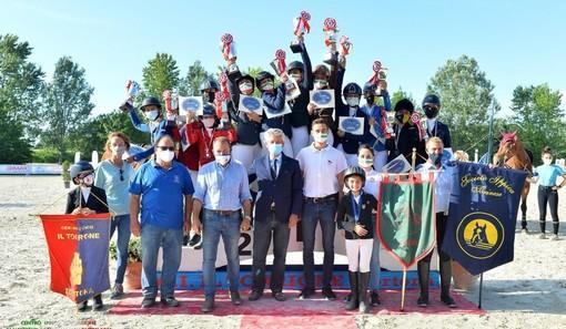 Equitazione: Campionati Regionali 2021, en plein di medaglie per la scuderia Hobby Horse