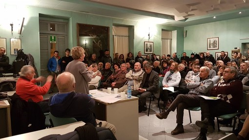 """""""Questo obbrobrio si può ancora fermare"""": la voce del no al biodigestore di Borgo San Dalmazzo"""