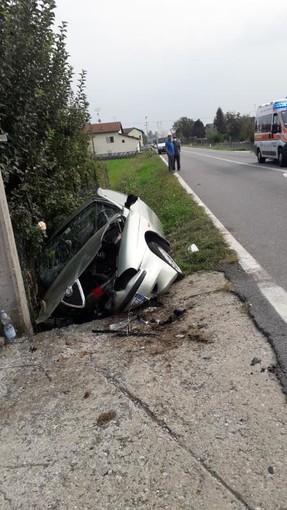 Incidente a San Giovanni di Perucca: coinvolta una macchina con due persone a bordo
