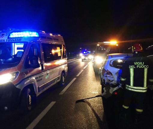 Incidente a Fossano sulla statale 231: strada chiusa in entrambe le direzioni, traffico paralizzato