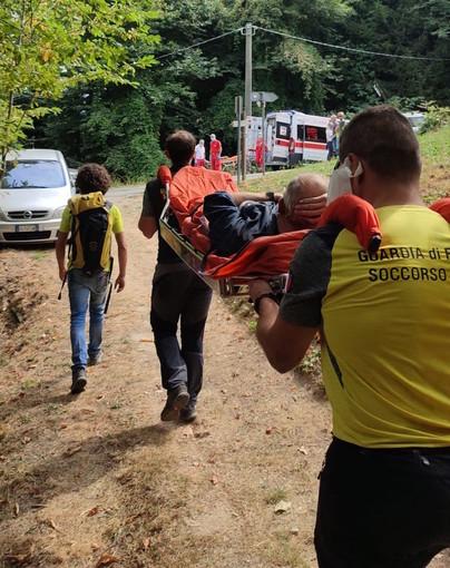 Cade e si ferisce mentre pulisce il bosco sulla collina di Monserrato a Borgo