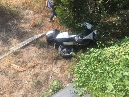 Ventimiglia, Porra: 67enne perde il controllo dello scooter su cui viaggiava insieme alla moglie