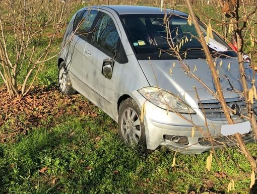 Auto esce di strada tra Monchiero e Novello: 46enne trasportata all'ospedale di Bra