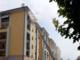 Incendio all'ultimo piano in un alloggio di Piazza Ambrosoli a Fossano: evacuati 10 alloggi.