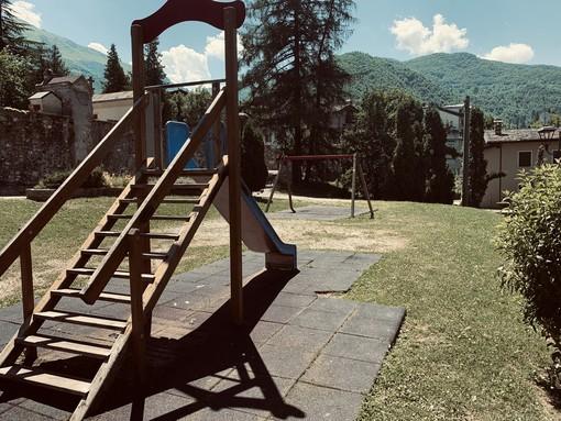 """Aree gioco chiuse a Limone Piemonte e nessuna attività per i bambini: """"Vi sembra normale per un posto che vive di turismo?"""" (GALLERY)"""