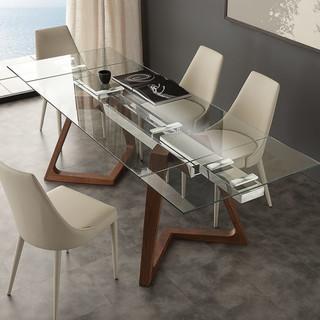 Idee salvaspazio: come disporre al meglio consolle e tavoli in casa