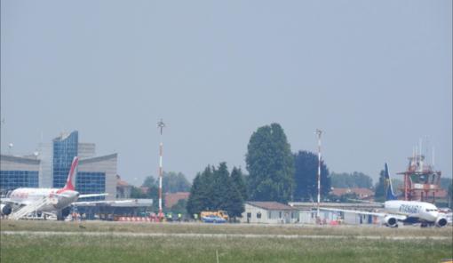 Il Piemonte rafforza i controlli agli aeroporti per non 'importare' nuovi casi di Covid