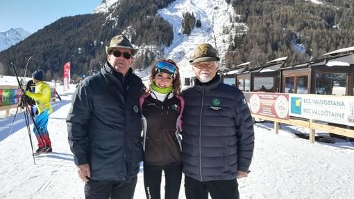 Nella foto Laura è con il Presidente Nazionale ANA, Sebastiano Favero e il Presidente della Sezione ANA di Mondovì, Gianpiero Gazzano