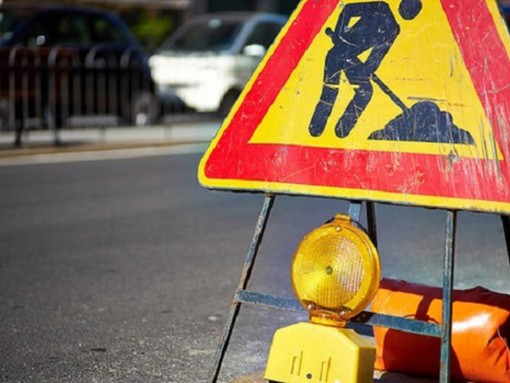 Modifiche temporanee alla viabilità in via Paruzza ad Alba per lavori