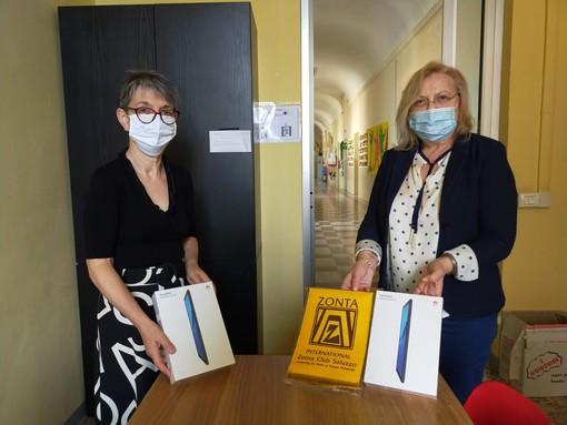 Leda Zocchi dirigente dell'Istituto comprensivo scolastico e Anna Maria Gavatorta